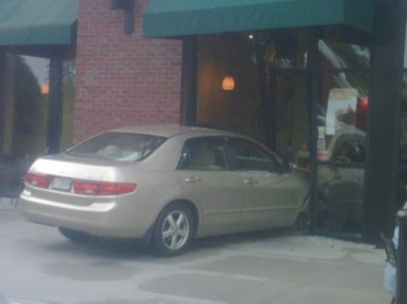 news_Starbucks Avenue crash_contributed